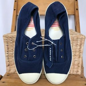 Old Navy canvas slip on sneakers blue